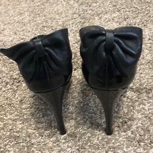 Dolce Vita Shoes - Dolce Vita Black pumps with bow